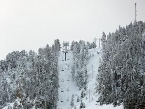 Empieza la temporada de esquí en España. Entrevistamos a Daniel Teixidor, representane de Volkl, Marker  y Dalbello. Carlos Rodrigo nos ayuda a recuperarnos tras nuestro ejercicio en las montañas