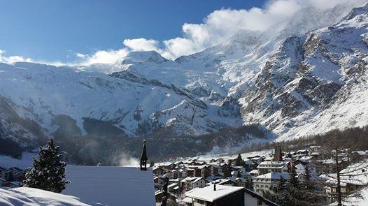 Saas-Fee enero 2015, cargadito de nieve